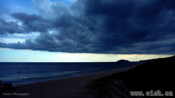 天和海之间——阳西沙扒湾的夏天记忆