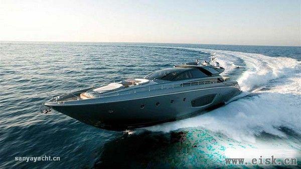 Riva 86尺超豪华超现代游艇--Domino