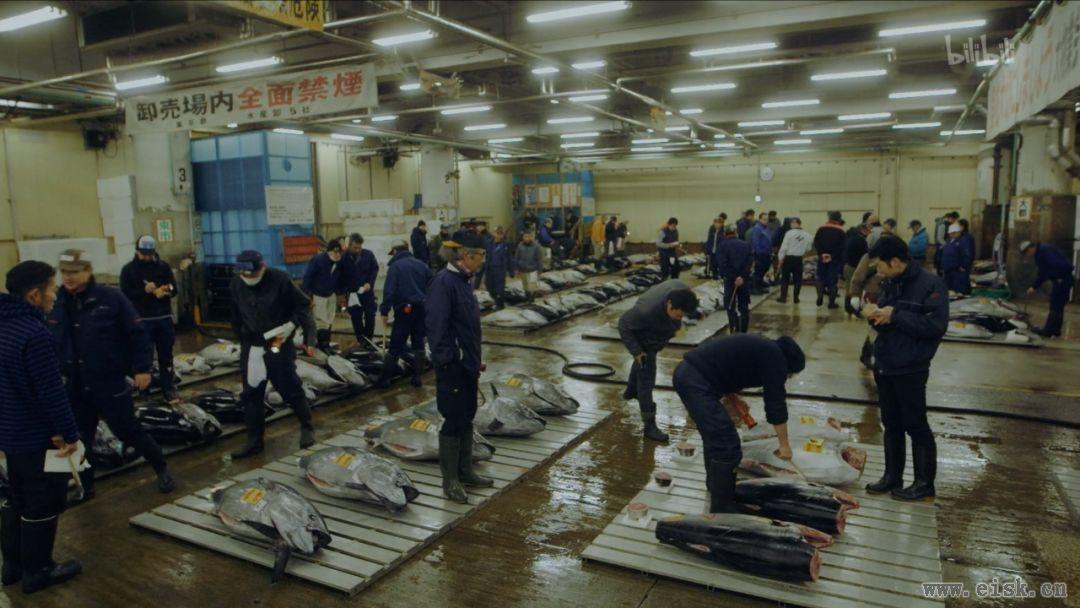 世界第一的筑地鱼市关门,吃货们的匠人时代落幕了