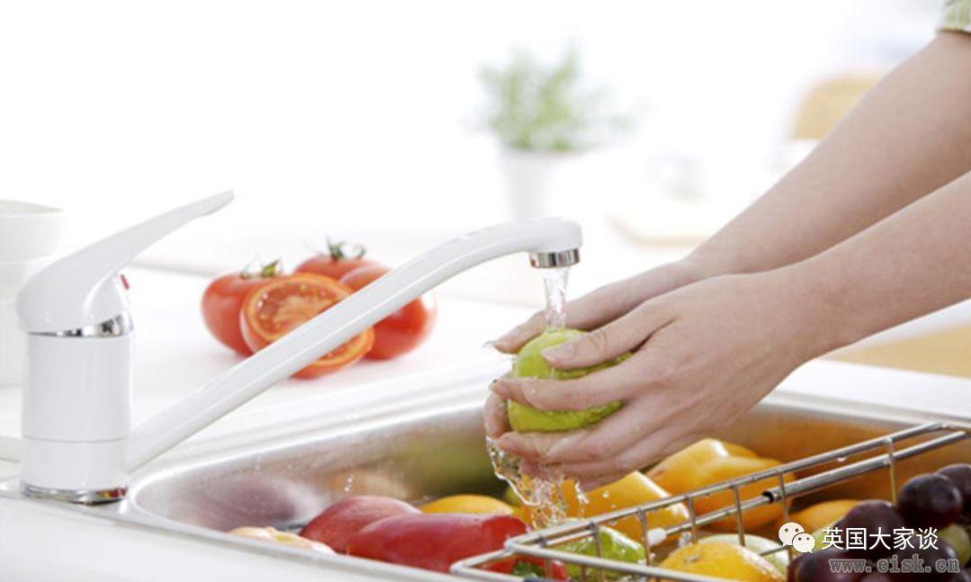 吃未洗水果会感染病菌送命,英美案例频发敲警钟