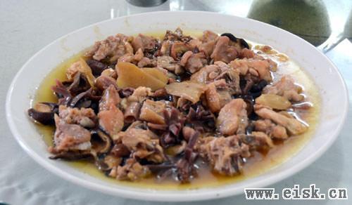 阳江美食-风姜香菇蒸走地鸡