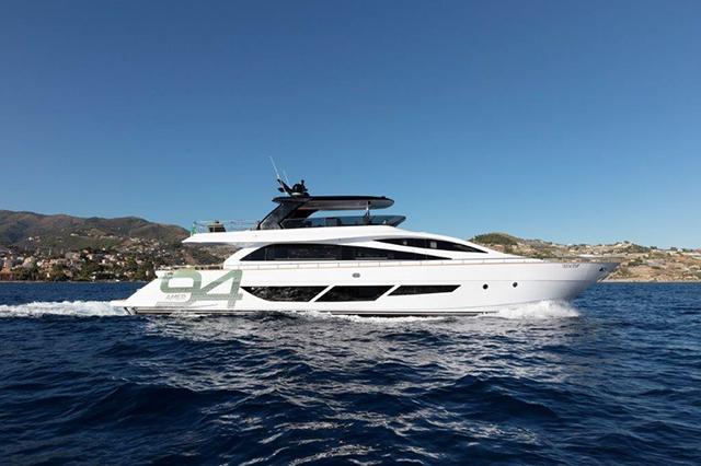 Amer 94 Twin超艇:以绿色环保理念建造的超轻量化超级游艇